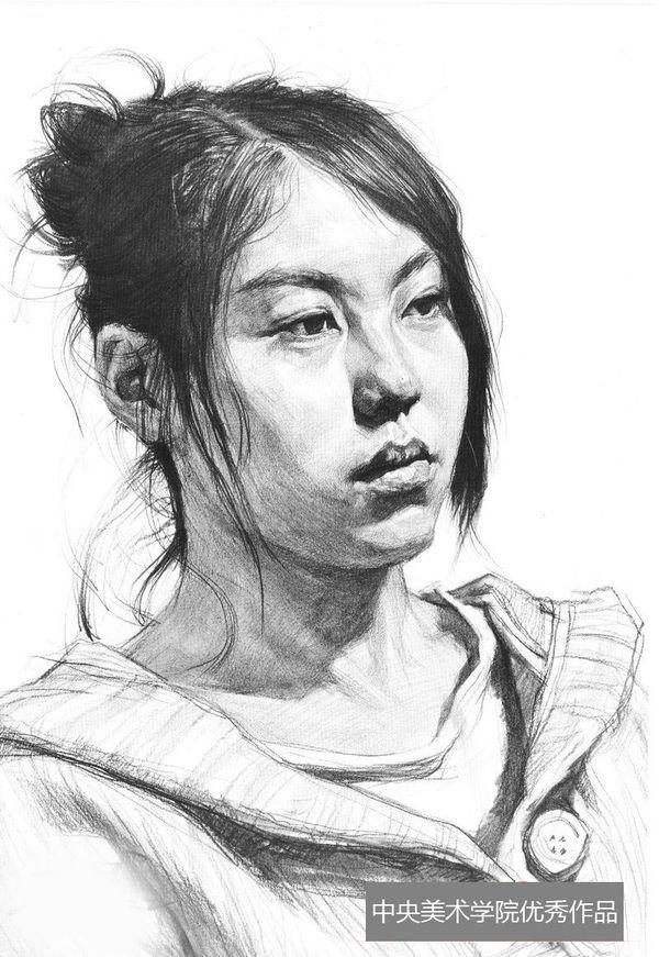 2013年中央美术学院优秀头像素描试卷(第4组)