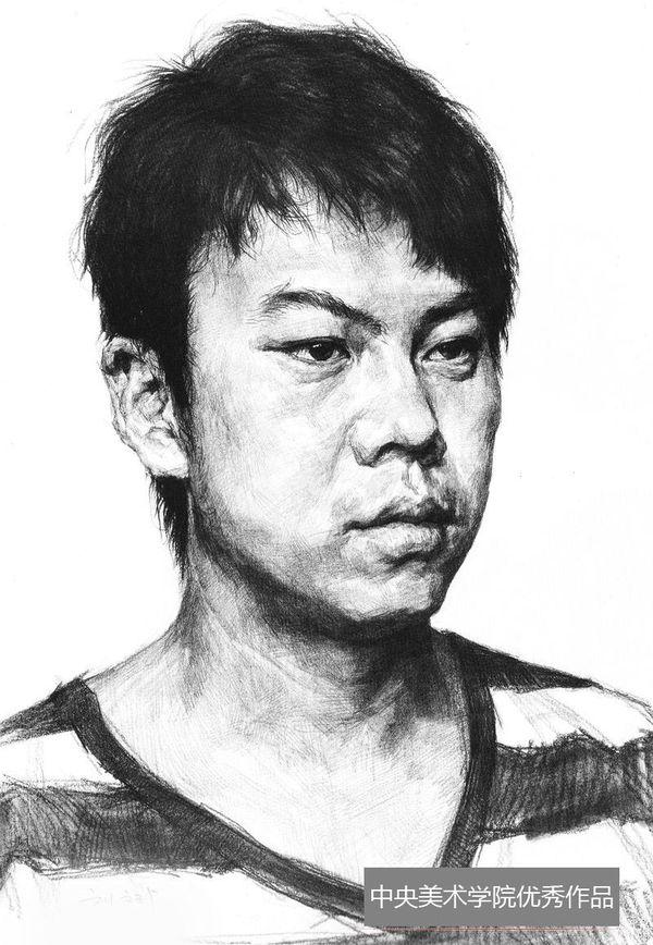 2013年中央美术学院优秀头像素描试卷(第8组)