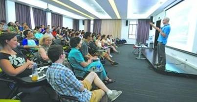 上海纽约大学2014年计划招生300人