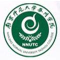 南京师范大学泰州学院标志