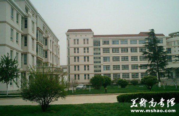 云南大学2014年艺术类招生章程