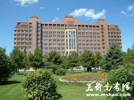 内蒙古大学2014年艺术类专业招生简章(区外)