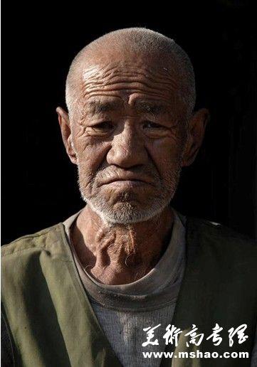 2015年江苏美术联考素描考题人物头像示例