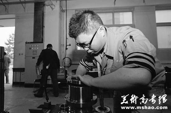 北京大学学生退学读技校:专业没兴趣痛不欲生