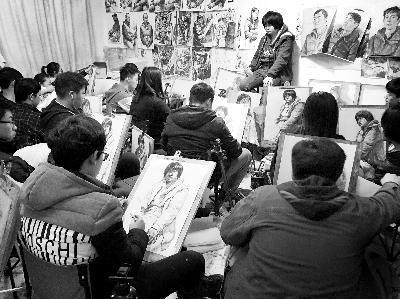 北京春节备战最严艺考:只有买画材才出门